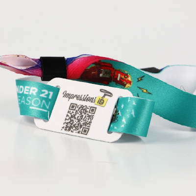Fabric wristband with RFID tag